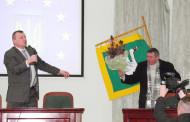 У Трускавці громада вручила меру премію «Будяк року»