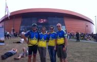 Тисячі кілометрів велосипедом Францією – в патріотичній формі України