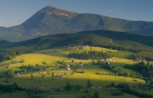 Гора Петрос з Лазещини