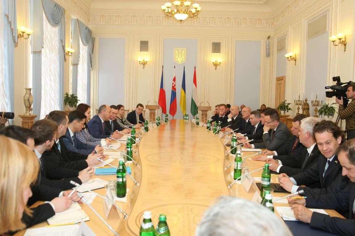 Голови парламентів країн Карпатського регіону зберуться в червні на зустрічі у Трускавці