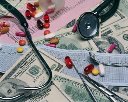 """Чим лякають пацієнтів: """"Чи стане після реформи медицина платною і дуже дорогою?"""""""