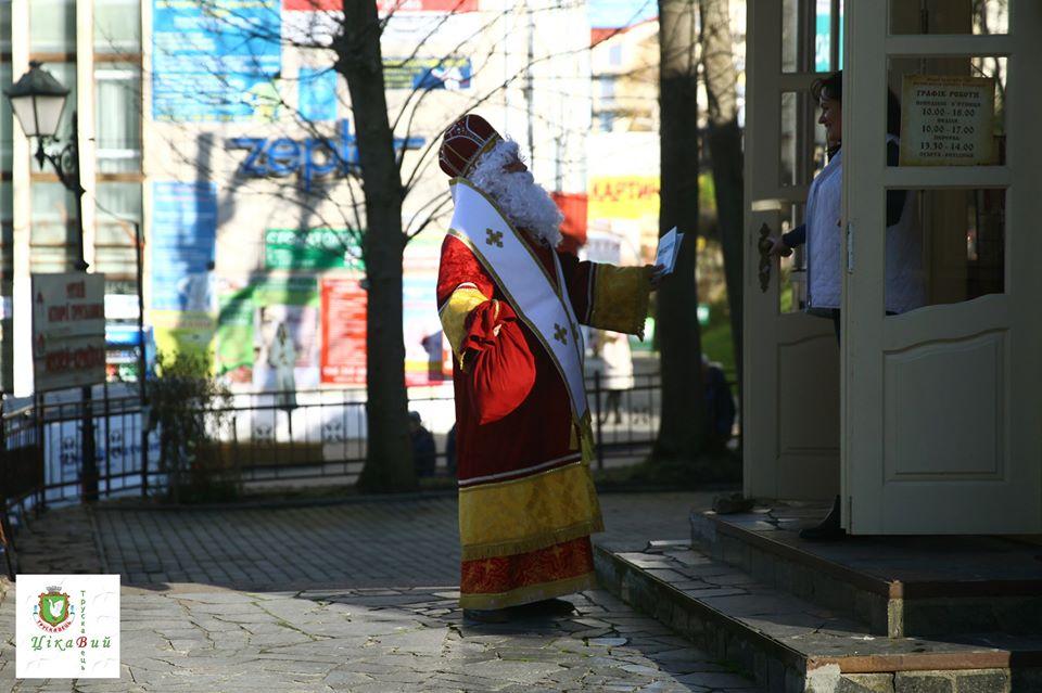 Миколай поселиться у Трускавці, а двері своєї резиденції для діток відкриє 18 грудня